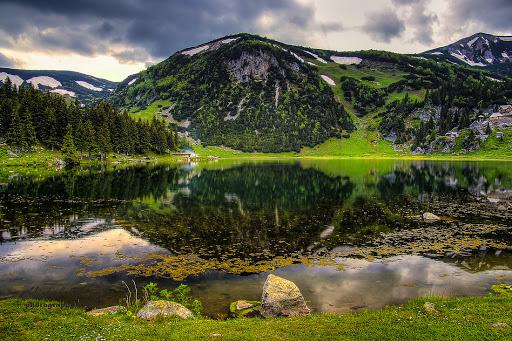 رحلة بحيرة بروكوشكو في البوسنة والهرسك