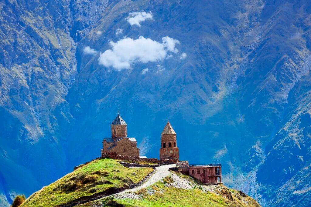 رحلة الي جبل كازبيجي