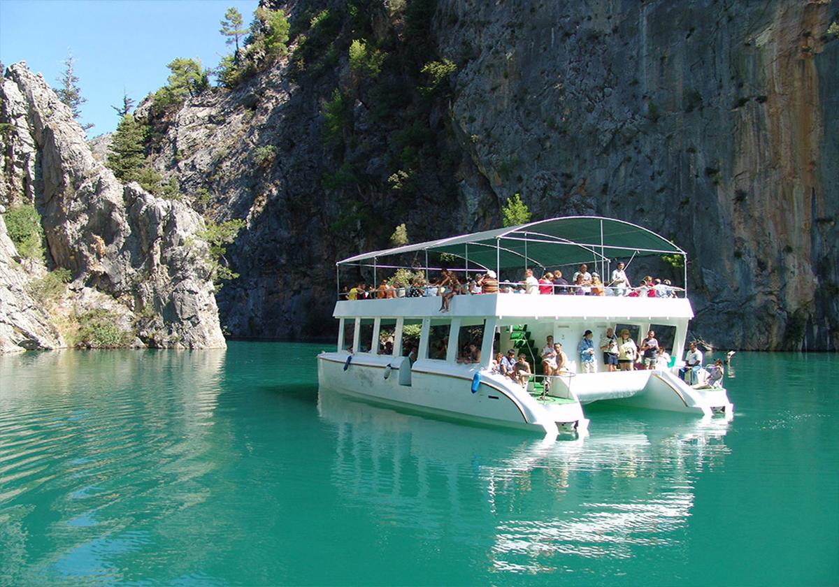 رحلة البحيرة الخضراء في انطاليا